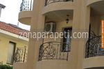 Парапет за балкон