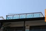балконски парапети от инокс и зелено стъкло по поръчка