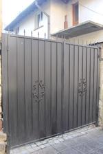 порта с 2 отварящи се крила от ковано желязо